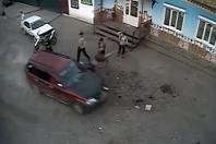Hromadná bitka před ruským klubem