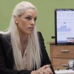 Loan4K – hezká bloncka si to rozdá s právníkem